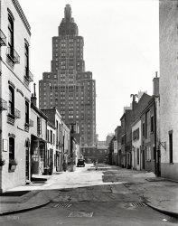 Macdougal Alley: 1936
