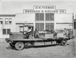 Family Truck: 1923