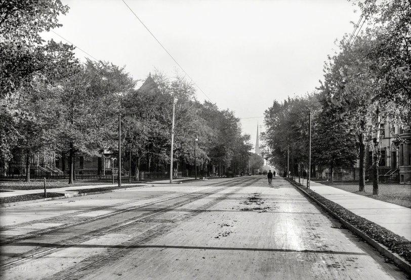 Down Woodward: 1900