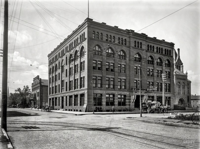 The Winona: 1899