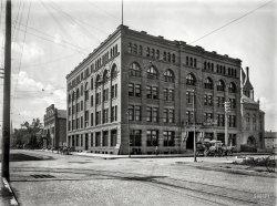 The Winona: 1899