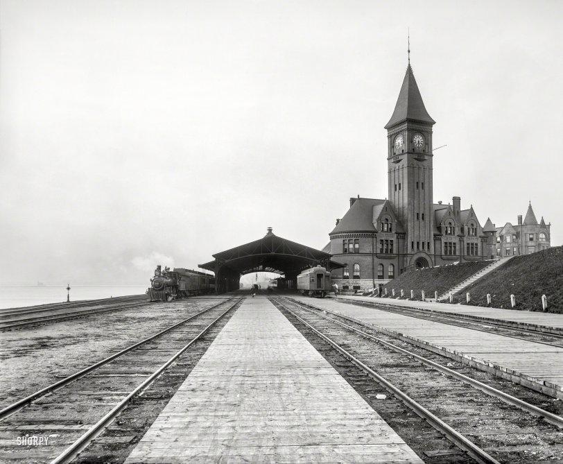 Lake Front Depot: 1899