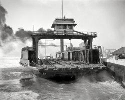 Boxcar Ferry: 1900