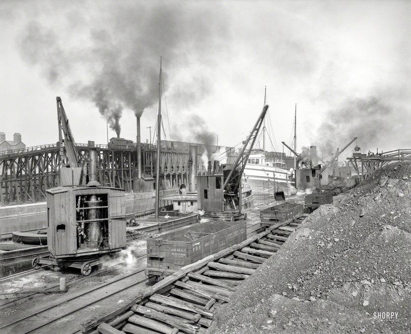 Whirleys Unloading: 1900