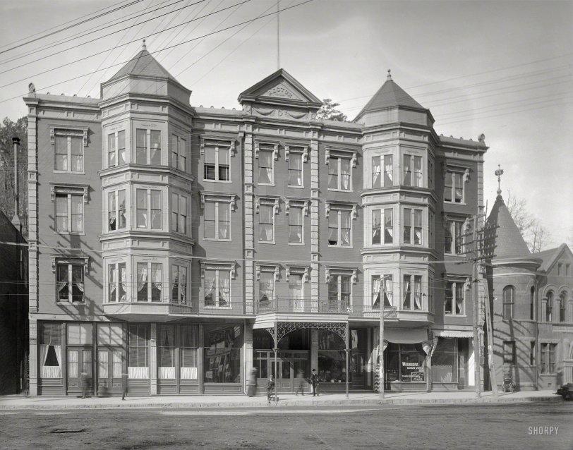 The Waukesha: 1905
