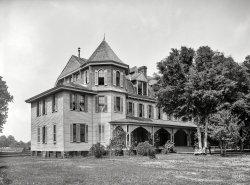 Magnolia Hotel: 1900