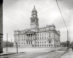 Edifice Complex: 1901