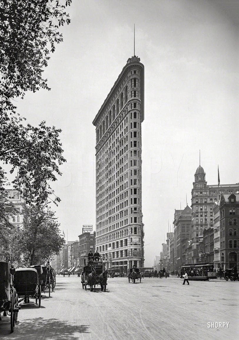 The Flat-Iron: 1903
