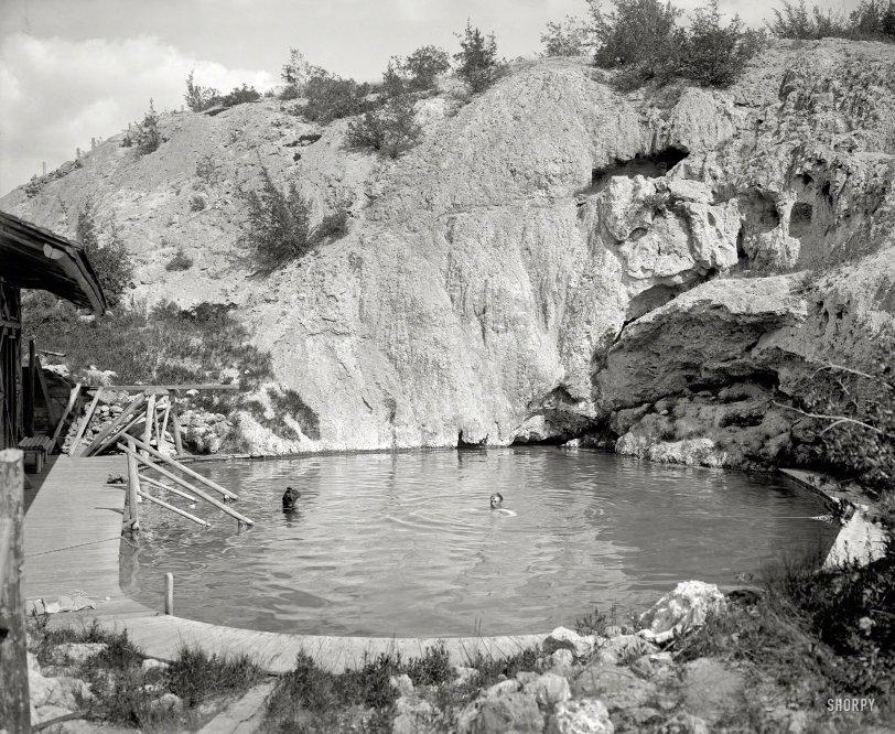 Spring Fling: 1902