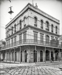 Haunted Saloon: 1906