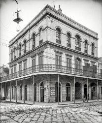 Haunted Saloon: 1906