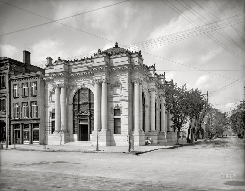 Railroad Bank: 1903