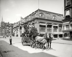 Urban Stagecoach: 1906