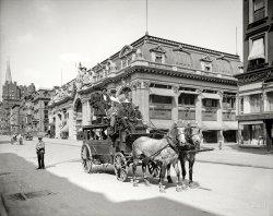 Urban Stagecoach: 1906