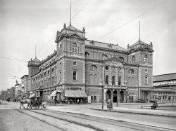 Tomlinson Hall: 1904