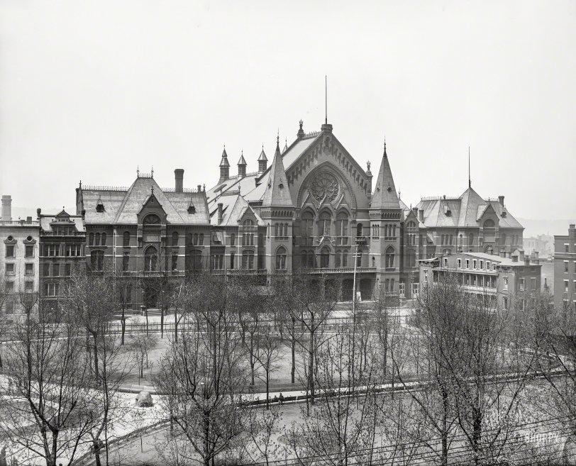 Music Hall: 1906