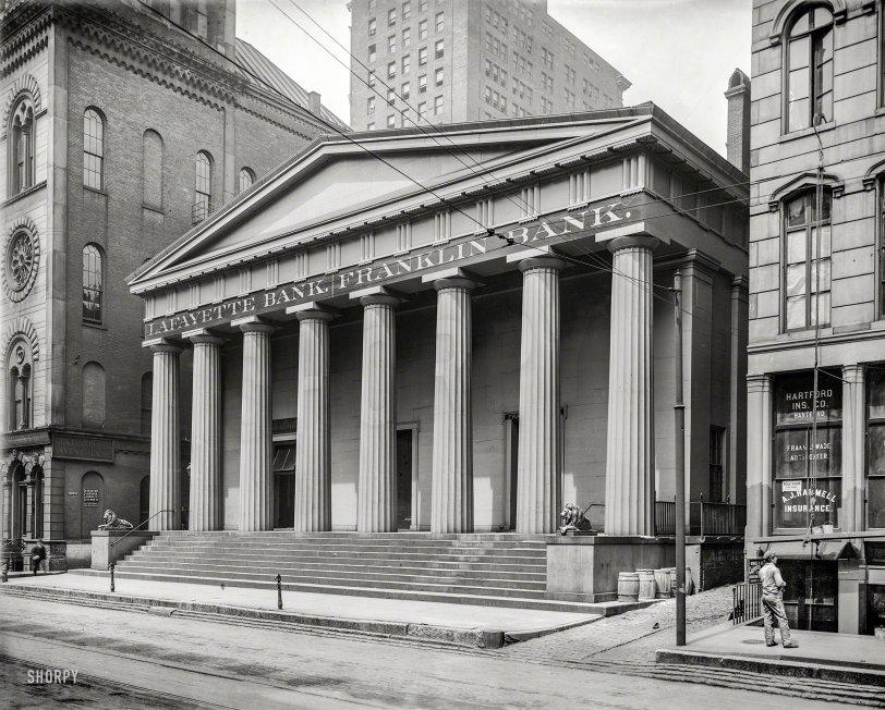 Binary Banking: 1905