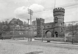 Elsinore Tower: 1904