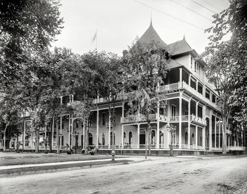 The Windsor: 1905