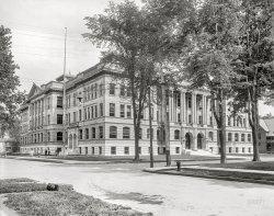 Central Tech: 1904