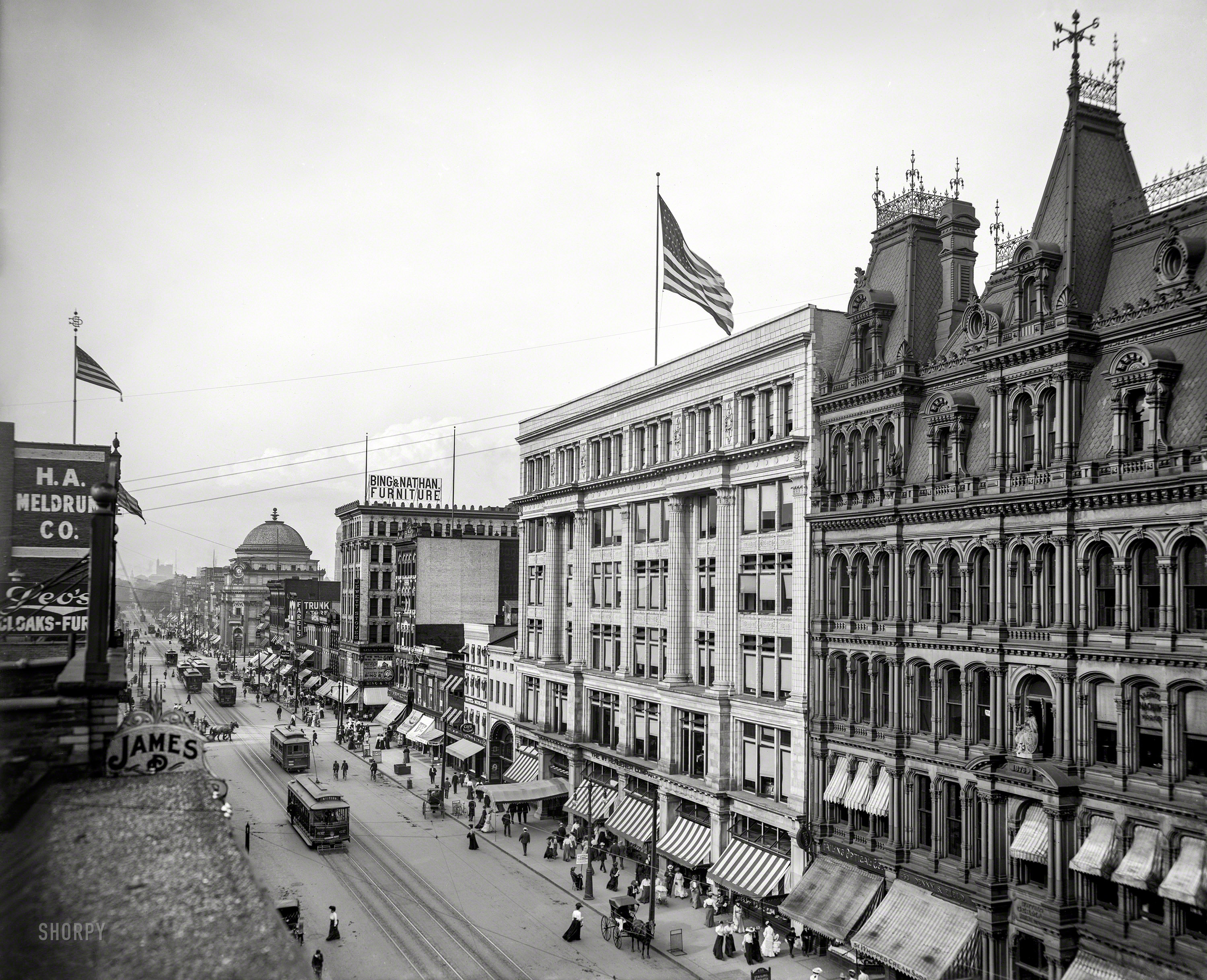 Shorpy Historical Photo Archive :: The Old Club: 1904