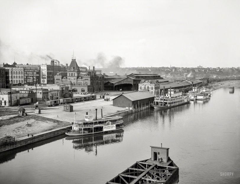 Union Depot: 1905