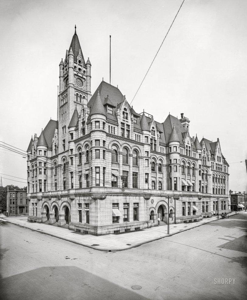 Ghost Leg Crossing: 1905