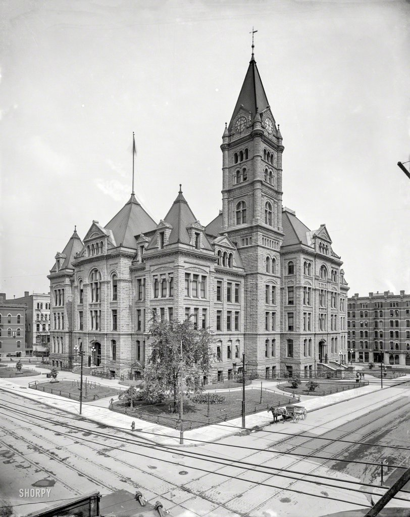 St. Paul City Hall: 1905