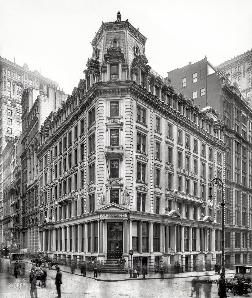 The Corner: 1905