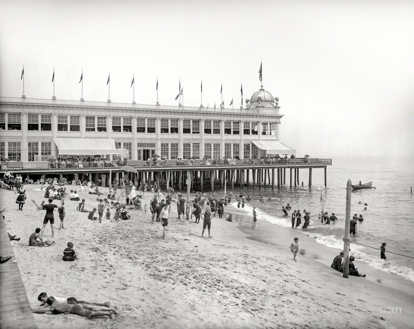 Ghosts on the Beach: 1905