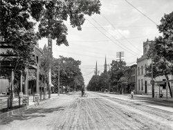 Main Street: 1905