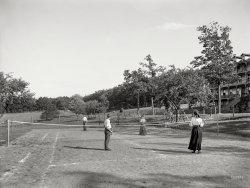 Hello, Volley: 1905