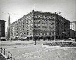 The Yates: 1905