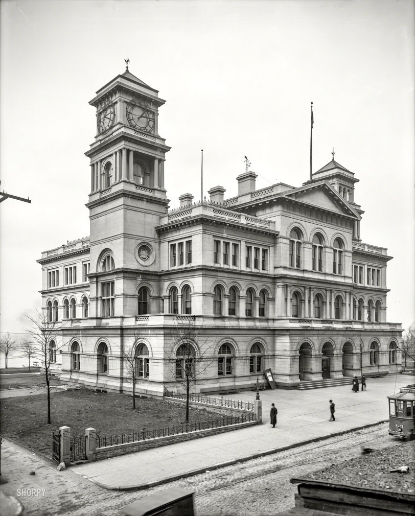 Bottle Club: 1906