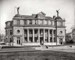 Municipal Angels: 1906