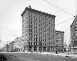Title Building: 1906