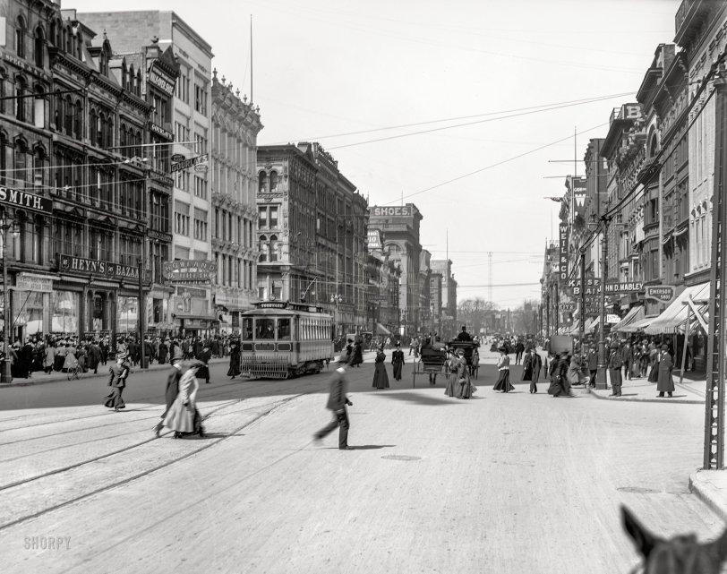Up Woodward: 1907