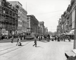 Up Woodward: 1907