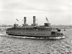 Municipal Ferry: 1909