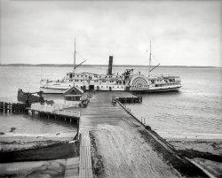 Sidewheeler: 1910