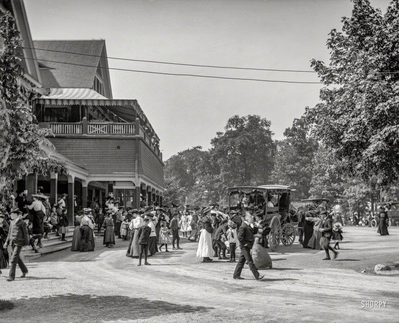 Le Bel Âge: 1908