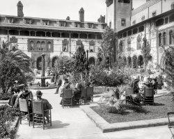 Palm Court: 1905