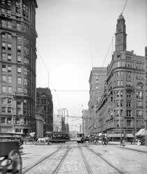 Morning Rush: 1905