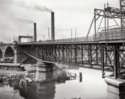 Swing Bridge: 1910
