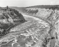 Whirlpool Rapids: 1900
