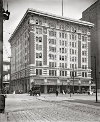 Audubon Building: 1910