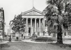 City Hall: 1910