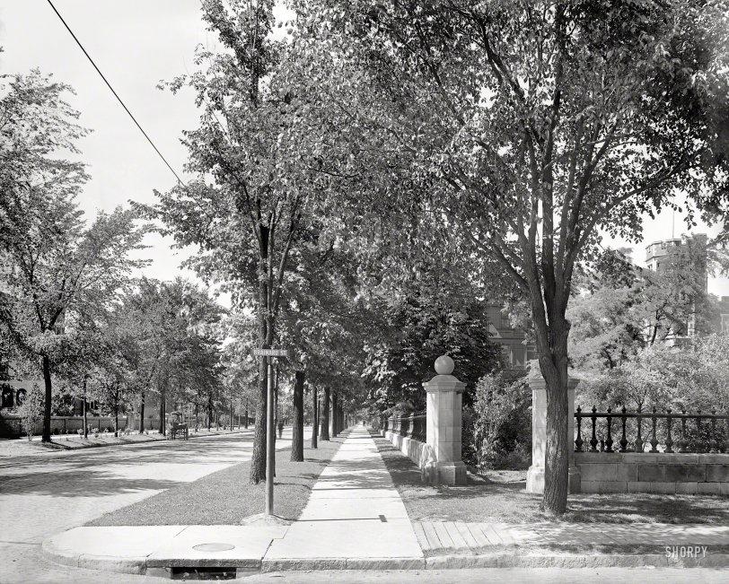 Trumbull at Brainard: 1900