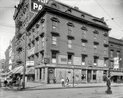 Peerless Dental Parlors: 1905