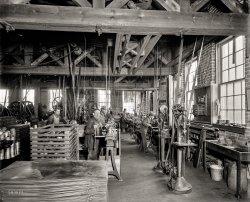 Capitalist Tools: 1901